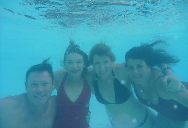 2012 cast underwater